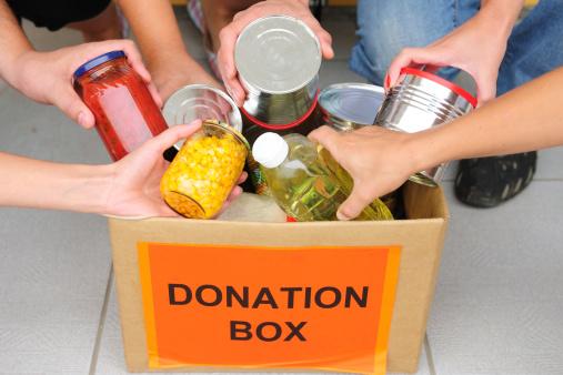 pacco alimenti aiuto