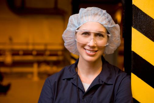 donna lavoro fabbrica