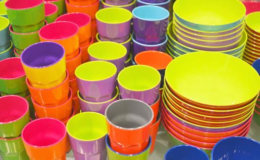 piatti bicchieri utensili plastica melamina