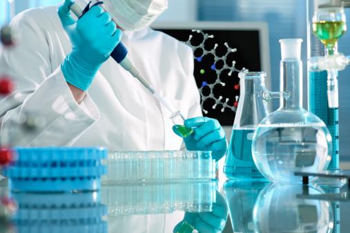 cientista de teste de laboratório científico