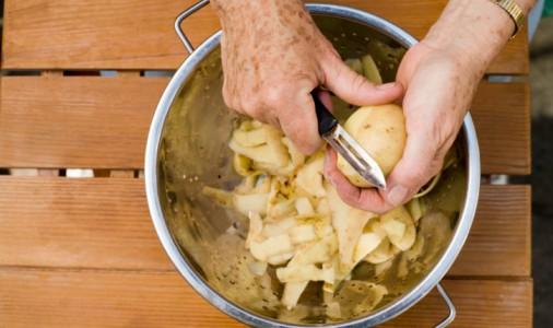 patate sbucciare preparare