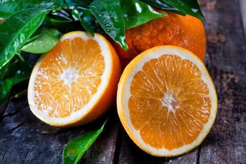 aldeide perillica arance frutta agrumi 173777151