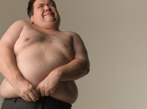 uomo sovrappeso grasso dieta obesità 86502838