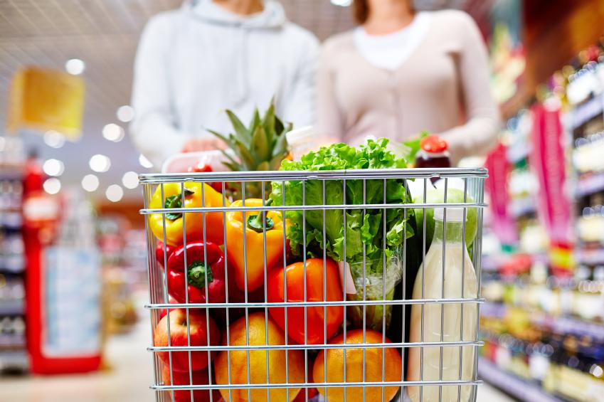 carrello verdura latte spesa supermercato