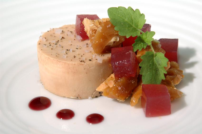 Al bando il foie gras a New York dal 2022. Ma i produttori annunciano ricorsi