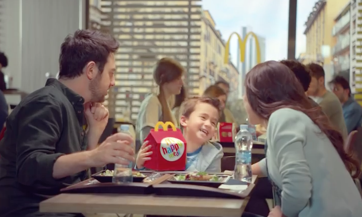 pubblicita mcdonalds happy meal