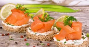 salmone pesce tartine aperitivo