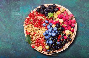 frutti di bosco frutti rossi cesta