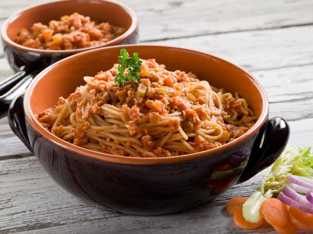 spaghetti with soy ragout, vegetarian pasta