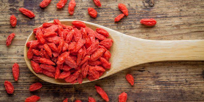 Semi di chia, bacche di goji, quinoa: la moda dei superfood tra i consumatori. L'indagine del BfR