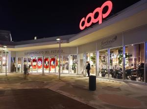 coop supermercato del futuro bicocca village Esterno