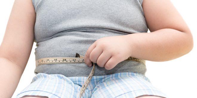 bambino sovrappeso metro