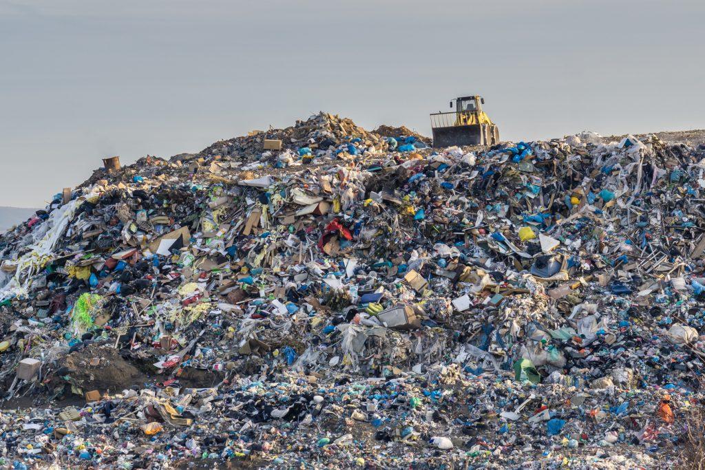 spazzatura inquinamento plastica rifiuti spazzatura