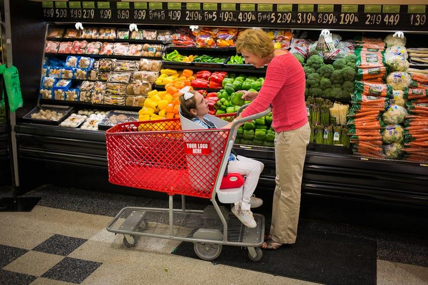 Drew Ann Long Caroline's Cart carrello spesa disabilita