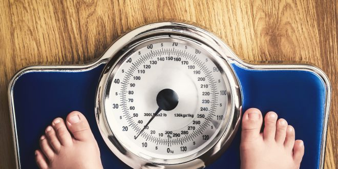 obesita infantile sovrappeso bilancia