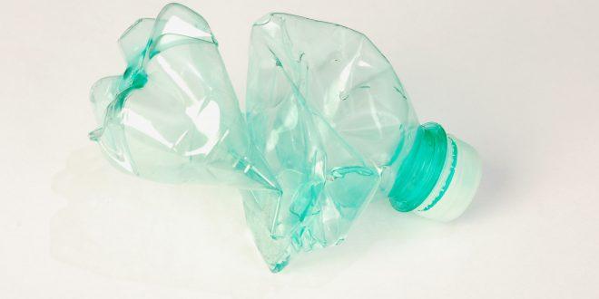 Rifiuto di Plastica bottiglia pet