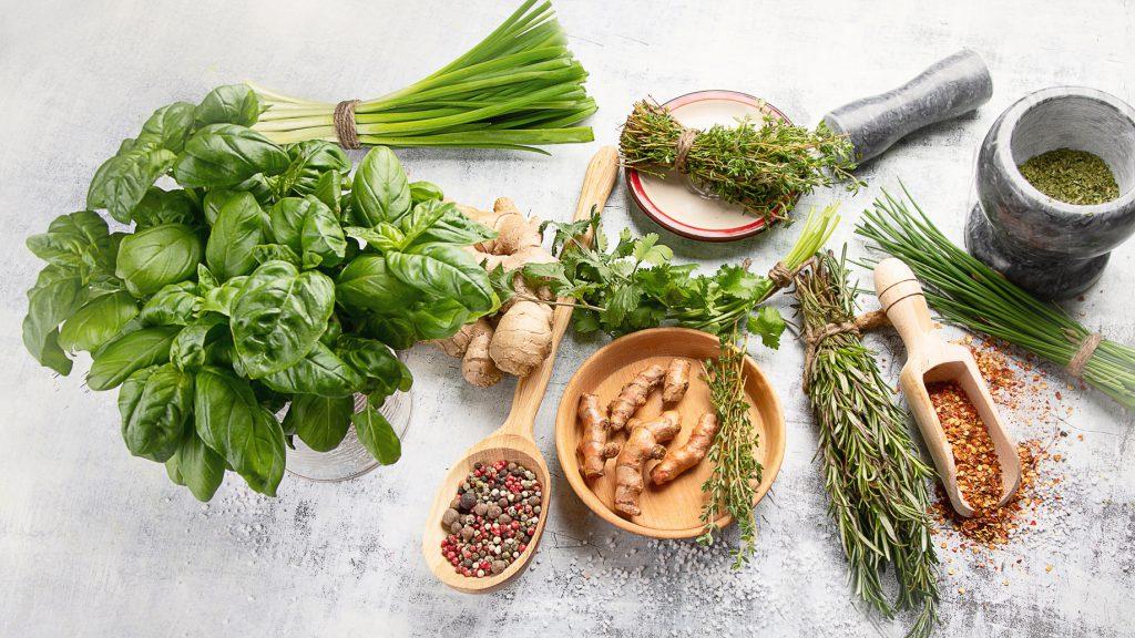profumi aromi erbe sapori condimenti
