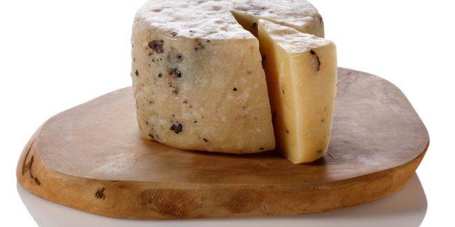 formaggio tartufo erbe