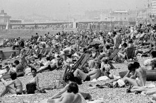 inglesi in spiaggia 1976