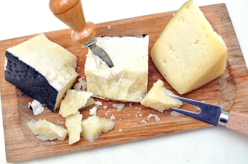 queijos pecorino romano pdo feitos na itália