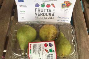 frutta nelle scuole pere confezione