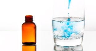 bicchiere acqua contagocce