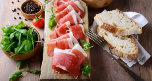prosciutto crudo affettati carne salume