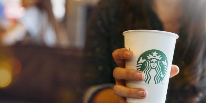 Starbucks, dopo l'Europa la bevanda all'avena arriva tra le alternative vegetali anche negli USA: il lancio nei locali del Midwest