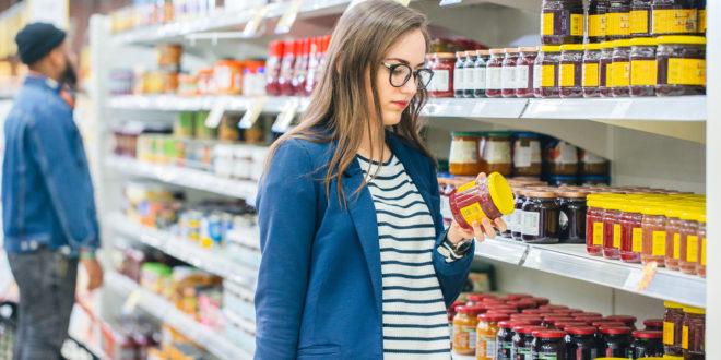 Un manifesto in sette punti per le etichette dei prodotti alimentari proposto da Altroconsumo