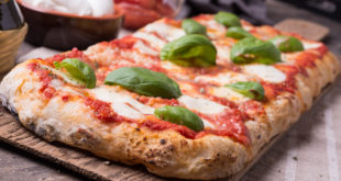 Rectangular romana's pizza