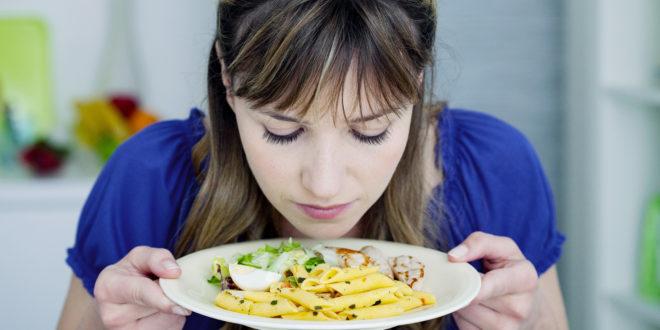 Quella strana perdita di gusto e olfatto è un sintomo del coronavirus? Secondo uno studio succede nel 90% dei casi