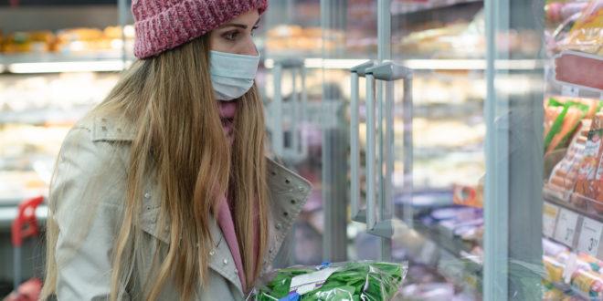 coronavirus supermercato mascherina guanti spesa