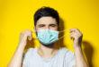 Caos mascherine: obbligo totale in alcune regioni, solo nei supermercati in altre. Quando e come indossarle