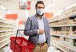 uomo barba mascherina spesa supermercato coronavirus