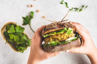 sostituti della carne, burger vegetale tra