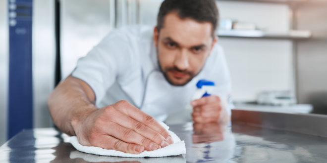 Igiene in cucina: le regole per la pulizia di ambienti, utensili e stoviglie. La guida del BfR per la ristorazione