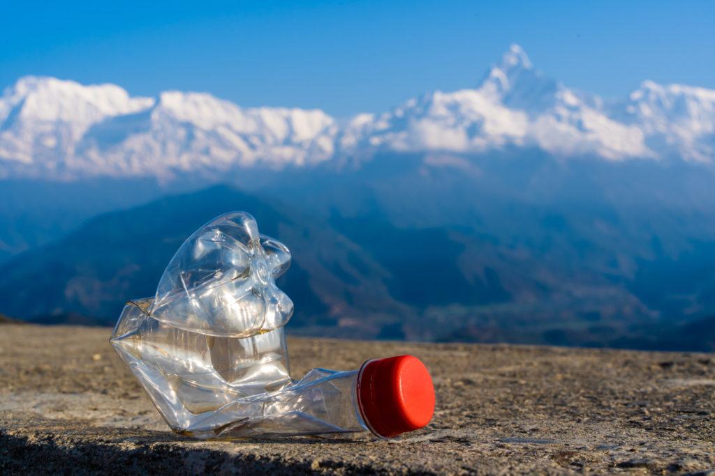 montagna plastica inquinamento