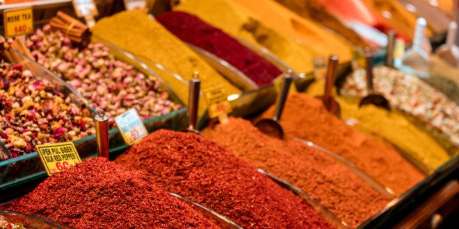 mercato delle spezie in Medio Oriente