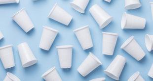 bicchieri di plastica monouso