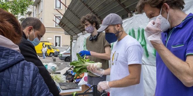 RECUP, l'associazione che recupera frutta e verdura invenduta dai mercati e la dona a chi ne ha bisogno