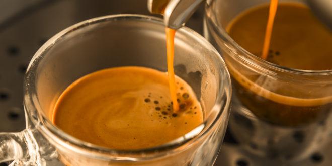 Per fare un buon caffè serve l'acqua giusta: quale scegliere? Una oligominerale senza cloro