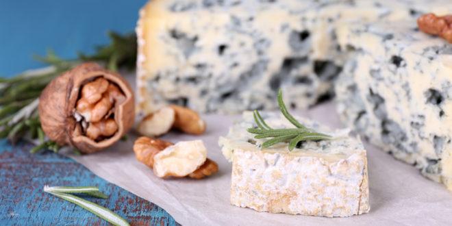 Roquefort contro il Nutri-Score: chieste deroghe per i prodotti Dop in caso di obbligo di etichettatura